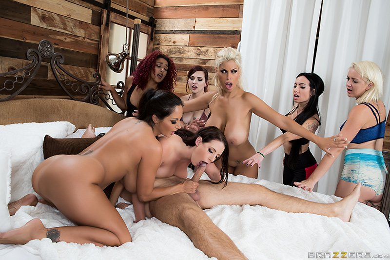 [brazzers]2016-11-28 Chasing That Big D