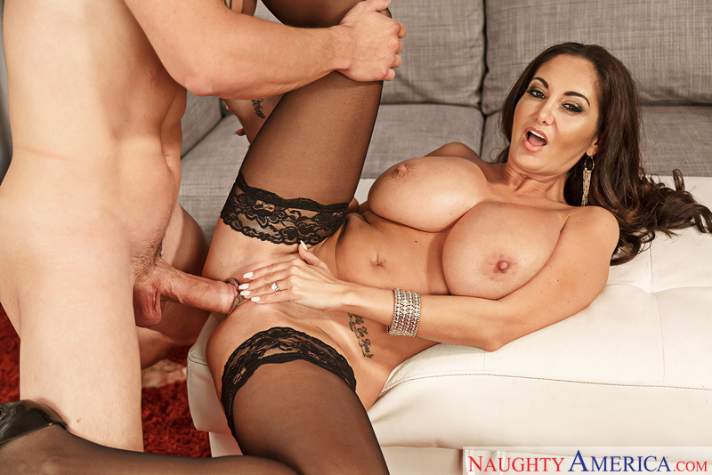 2082b6 naughtyamerica 2017-01-14 Dirty Wives Club