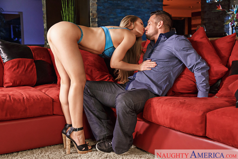 256f22 naughtyamerica 2017-01-26 Dirty Wives Club