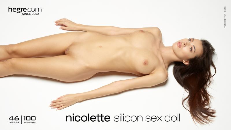 hegre-art  2017-02-03 Nicolette Sexy Fashion Show 7a6d09
