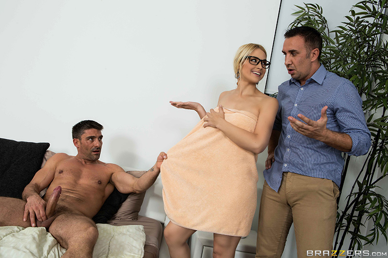 4 brazzers 2017-03-06 Her First Big Sale