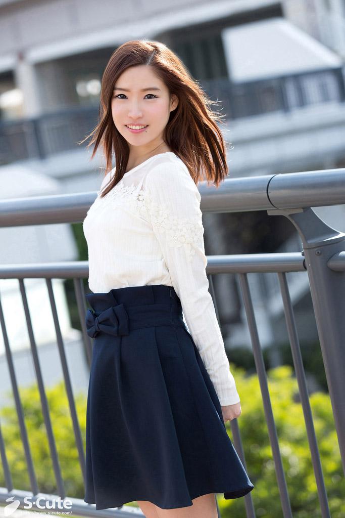 S-Cute 517 Reina #1 色白美少女のくすぐったいが快感に変わるH