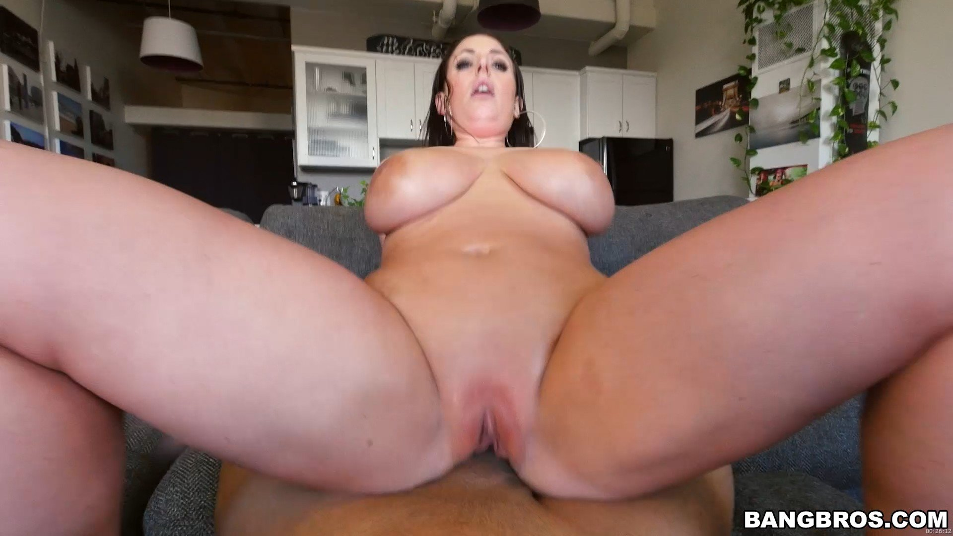 [bangbros]2017-02-23 Angela White's 32 double g tits are breathtaking
