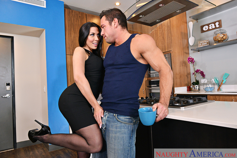 [naughtyamerica]2017-03-26 My Friend's Hot Girl